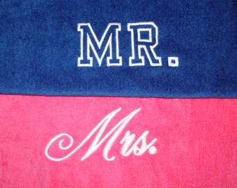 MR. & MRS. BEACH Towels with Tote Bag Bride and Groom Made To Order Embroidered 100% cotton terry velour Bridal Couple Shower Wedding Gifts