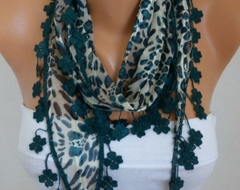 Emerald Green Leopard Cotton Scarf,Fall Shawl,Cowl,bridesmaid gift.women fashion accessories,women scarves, best selling item scarf