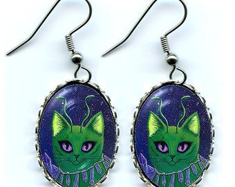 Alien Cat Earrings Space Cat Cute Green Alien Cat Big Eye Cat Art Cameo Earrings 25x18mm Gift for Cat Lovers Jewelry