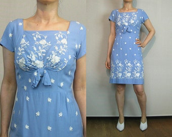 50s Light Blue EMBROIDERED LINEN Dress 50s Powder Blue Embroidered Floral Dress 50s Blue Shift Dress Blue White Floral Dress