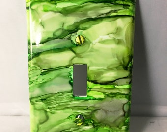 Green Decor, Switchplate, Alcohol Ink Switchplate, Single Switchplate, Wall Decor