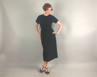 """Vintage 1940s 1950s Dress 
