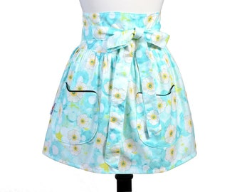 Womens Flirty Retro Half Waist Apron in Obi Design of White and Teal with Two Large Lined Pockets