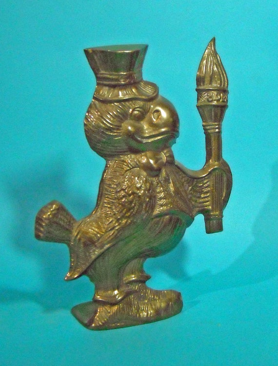 Rare 1984 Los Angeles Olympics Uncle Sam Eagle with Olympic Torch Brass Figure Sports memorabilia souvenir
