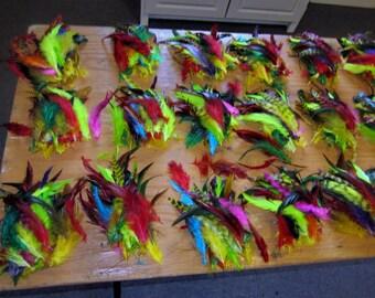 50 verschiedene Federn Schlappen gefärbt 3 bis 6 Zoll K131