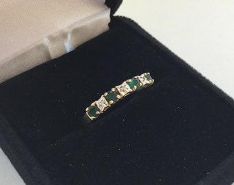 10k Diamond And Emerald Ring