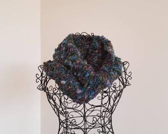 Woolen bobble infinity scarf/cowl