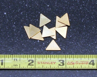 9.5 x 10.7mm Brass Triangle 24 Gauge  Pack of 10
