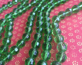 faceted beads, green faceted 8mm glass beads, round beads