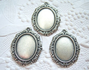 2 - Antique silver plated 18x13mm cabochon settings - EO137