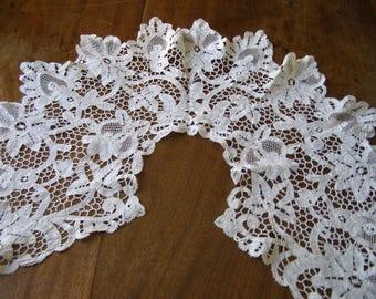 Exquisite Antique Battenburg Lace Collar.  Handstitched and unused