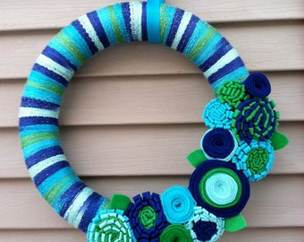 Winter Wreath - Multi-color Spring Yarn Wreath w/ Felt Flowers. Yarn Wreath - Easter Wreath - Winter Decoration - Mother's Day Wreath