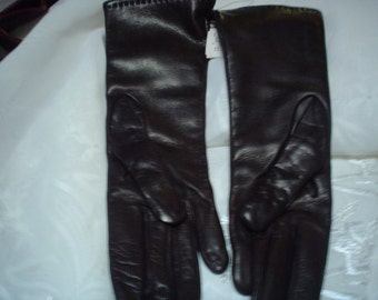 Vintage kid leather Sax's Fifth Ave Gloves 6 1/2 with tags Black Cashmier inside