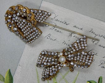 Signed MIRIAM HASKELL Two piece Baroque Pearl & Russian Gold Stick Pin Stickpin   PM5