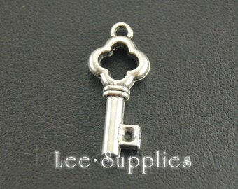 20pcs Antique Silver Alloy Key Charms Pendant A272