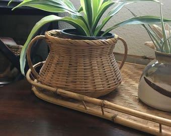 Vintage wicker basket/pot