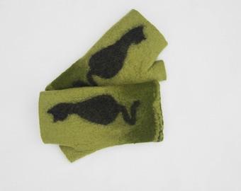 Felted Fingerless Gloves Fingerless Mittens Arm warmers Wristlets Merino Wool Olive green