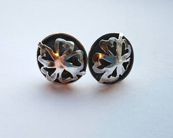 Sterling silver handmade flower earrings, hallmarked in Edinburgh