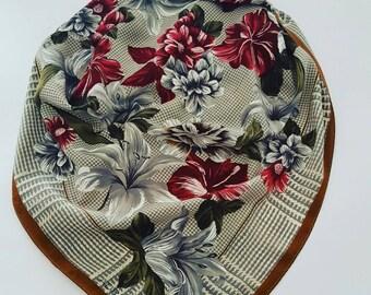 Adrienne Vittadini  vintage scarf