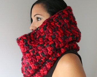 Red Marble Chunky Oversized Cowl,  Extra Wide Infinity Scarf,, Knit Snood, Chunky Circle Scarf