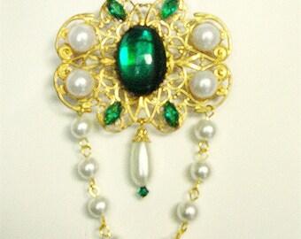 Green Renaissance Bodice Brooch, Tudor Brooch, Renaissance Jewelry, Tudor, Necklace, Medieval Brooch, Brooch, Game of Thrones, Wolf Hall