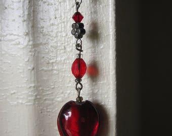 RED GLASS HEART Pierced Earrings