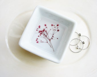 Pink Flower Ring Dish, Bridal Gift, Wedding Dish, Ring Dish with Real Flowers, Jewelry Storage, Minimalist Ring Storage, Nature Lover Gift
