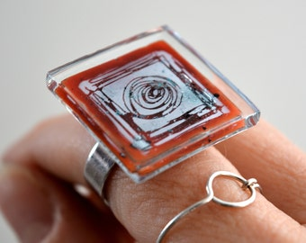 Fused glass ring, Square statement ring, Adjustable ring, Eco friendly ring, Artisan ring, Red glass ring, Handmade ring, Unique jewelry
