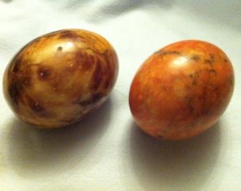 Vintage 2 pieces mamorierte heavy decoration eggs
