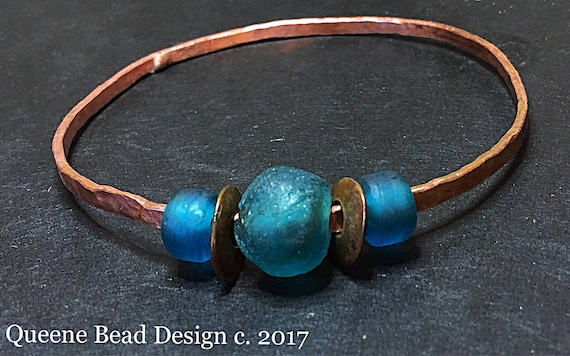 Plus Size XL Soldered Copper Bangle with African Glass Beads #queenebead #copperbangle #plussizejewelry