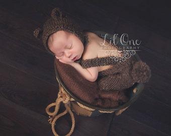 Newborn Bear Set,Bear Overalls,Knit Baby Bonnet,Newborn Bear Bonnet,Bear Set,Newborn Photograhy Prop,Photo Prop,Knit Bonnet,Woodland Prop