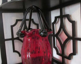 ART GLASS PURSE, Hand Blown, Red Body with Black Specs,Black Flower Handle, Ruffled Top, Purse Vase Collectible Glass