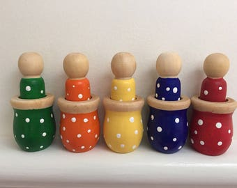 Colour Sorting Peg Dolls