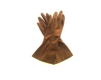 Gloves Classic Brown Fabric Size Medium