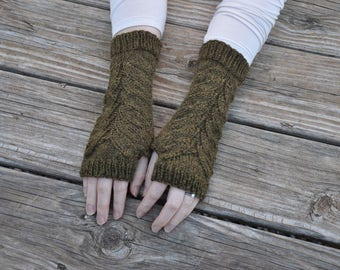 Outlander inspired fingerless gloves, fern leaf fingerless mitts, Claire's gloves, green knit arm warmers, alpaca/wool blend, color - yakima