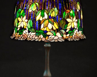 Bedside Lamp, Stained Glass Lamp, Tiffany Lamp, Standing Lamp, Stained Glass Art, Table Lamp, Stained Glass Shade, Lamp Bases, Lamp Stand