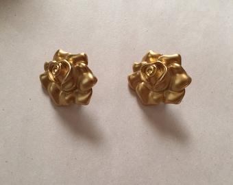GOLD ROSES clip on earrings | matte gold avon clip on rose earrings