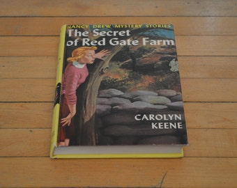1961 HARDCOVER Nancy Drew Mystery Stories The Secret of Red Gate Farm