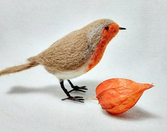 Needle felted Robin, needle felted bird