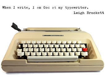 Vintage Manual Typewriter, Retro Olivetti Lettera 35. Mid Century Modern Design and Iconic Style in cream