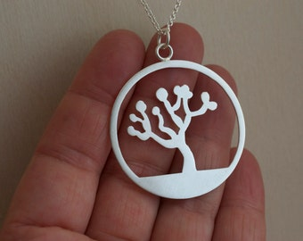 Joshua Tree - Disc Pendant Necklace - Sterling Silver