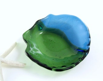 Fused Glass Shell Dish - Turquoise and Kelly Green Fused Glass - Fused and Slumped Sea Shell Dish - Soap Dish, Trinket Dish, Candle Dish