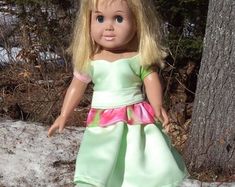"18"" light green two piece doll dress, princess neckline, pelpum skirt, short sleeved doll dress, tea length light greendoll dress"