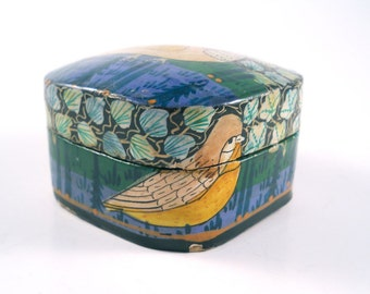 Vintage Bird Box with Blue Green Square and lovely