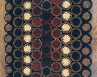 Primitive Wool Penny Rug e-Pattern Traditional Pennies Long Wool Runner - GORGEOUS!