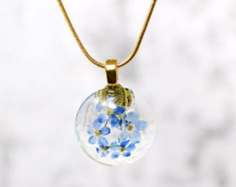 resin pendant blue flower necklace branch jewelry nature necklace for mom gift forget me not minimal botanical necklace for wife  Рю185