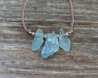 Raw aquamarine necklace / March birthstone necklace / Raw gemstone necklace / Gift for her / Gift for wife / Gift for daughter / Anniversary