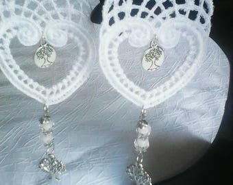 embroidered heart pierced earrings