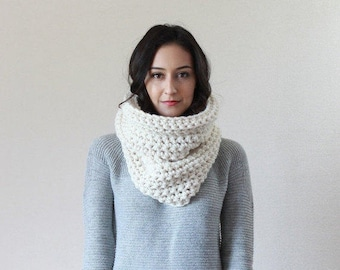 The Lille - FISHERMAN // Chunky Thick Textured Ribbed Cowl Scarf Thermal, Neckwarmer, Snood