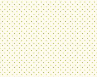 Riley Blake Designs, Swiss Dots in Cream Lime  (C600 32)